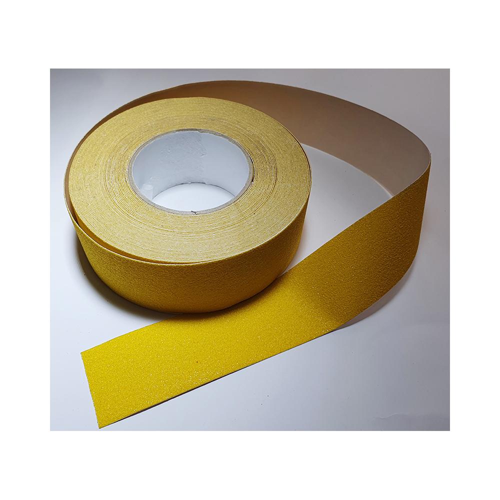 Antislip vloertape zelfklevend geel 50 mm breed - rol 18 meter - uitlopend artikel nog 4 stuks beschikbaar